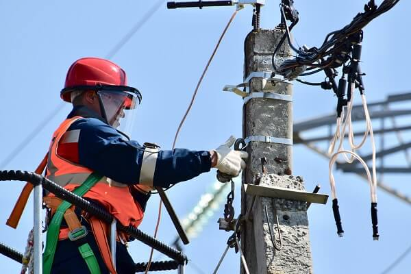 Level 2 electrician in the Blue Mountains and Penrith area of Sydney, NSW